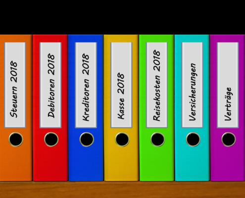Belege digital archivieren.